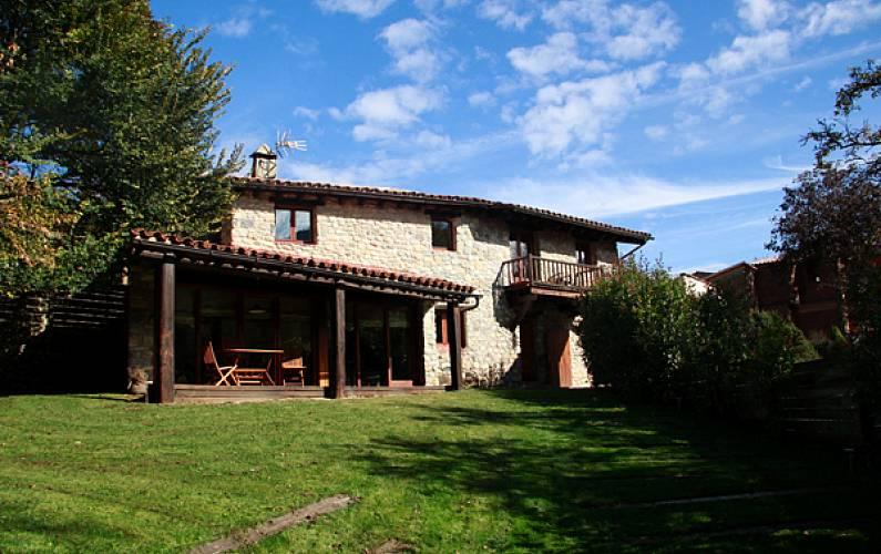 Casa de 3 habitaciones con jardín privado Lleida/Lérida - Jardín