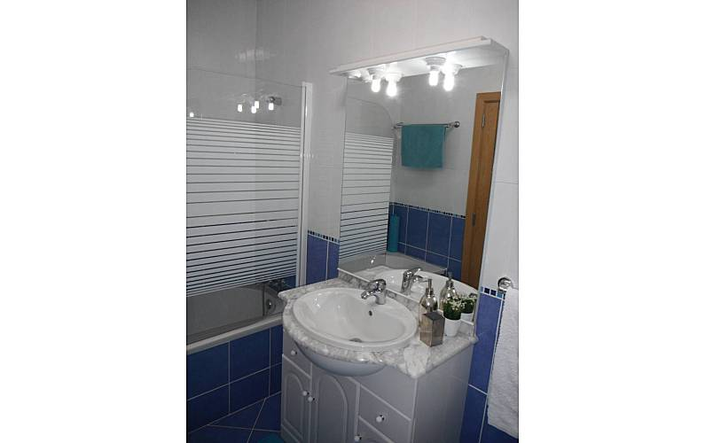 Modern Bathroom Algarve-Faro Tavira Apartment - Bathroom