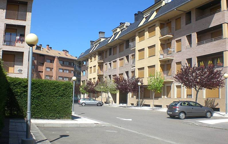 Apartment Outdoors Huesca Jaca Apartment - Outdoors