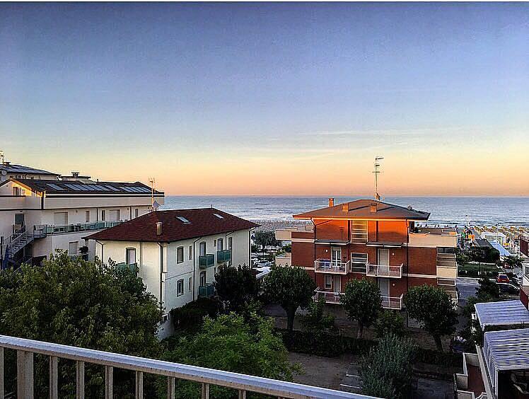 Appartamento in affitto a 100 m dalla spiaggia milano for Affitto appartamento cervia