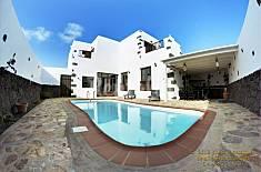 Villa de 3 habitaciones a 5 km de la playa Lanzarote