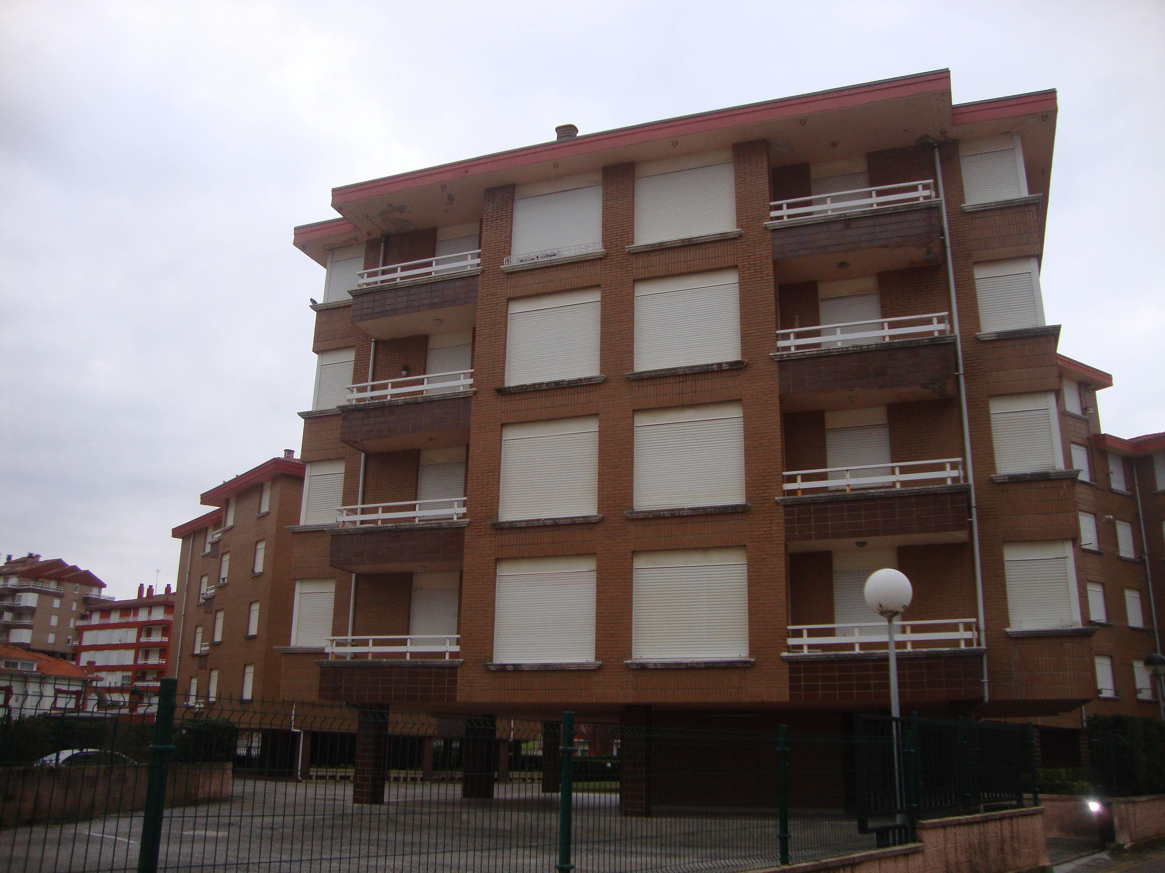 Apartamento en la playa con amplia capacidad suances cantabria costa de cantabria - Apartamentos en cantabria playa ...