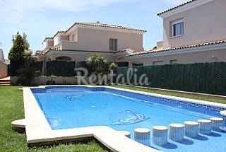 House for 5-8 people only 700 meters from the beach Tarragona