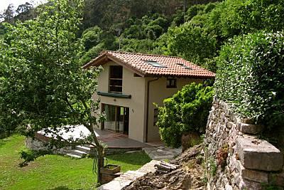Casa de 1 habitación a 9 km de la playa Asturias