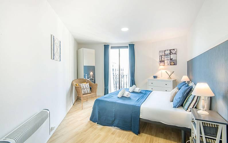 Appartamento per 12 persone nel centro di barcellona for B b barcellona economici centro