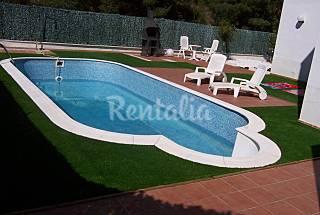 Casa con 2 apartamentos a 3 km de la playa. Tarragona