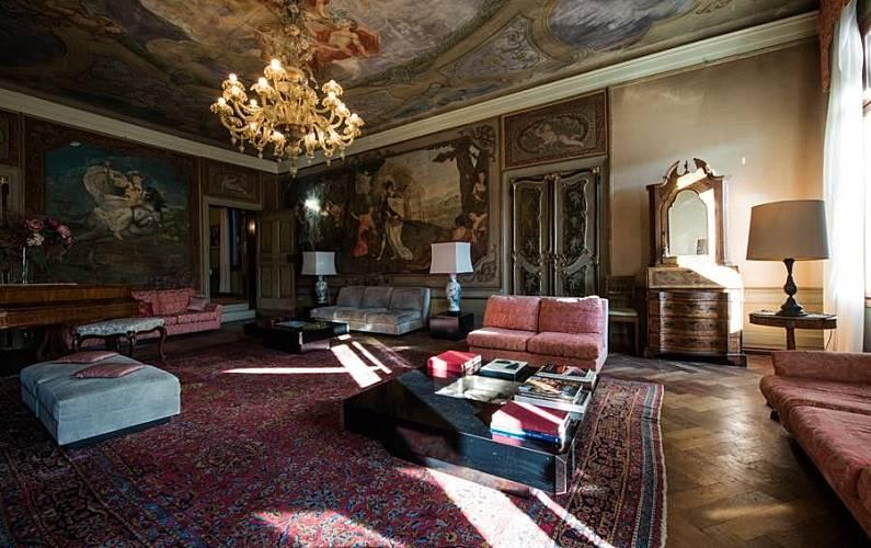 Appartamento per 8 persone veneto venezia venezia for Appartamento amsterdam 8 persone
