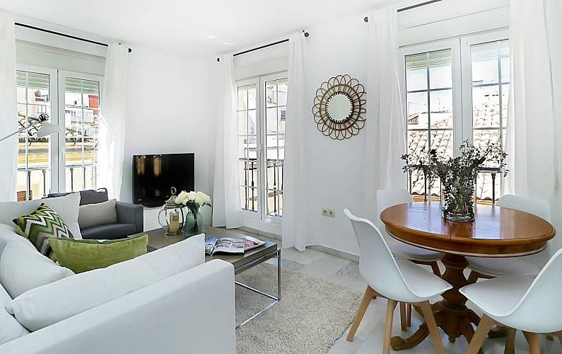 appartement en location malaga centre malaga malaga costa del sol. Black Bedroom Furniture Sets. Home Design Ideas