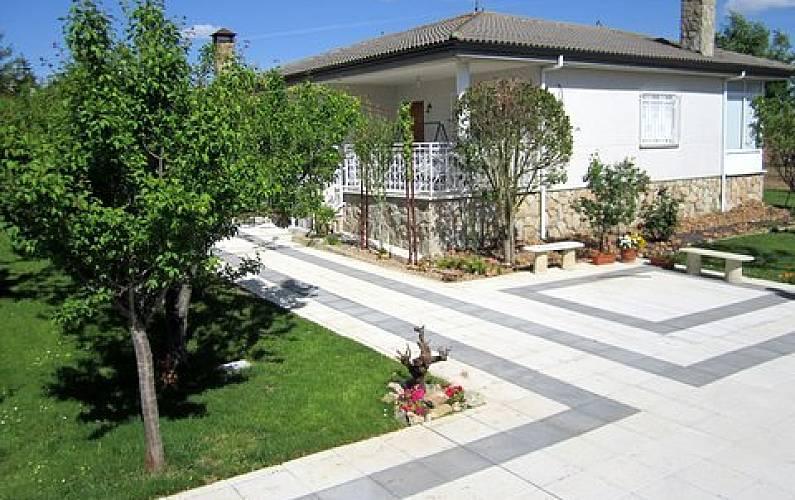 Casa in affitto con giardino privato Salamanca - Parte esterna della casa