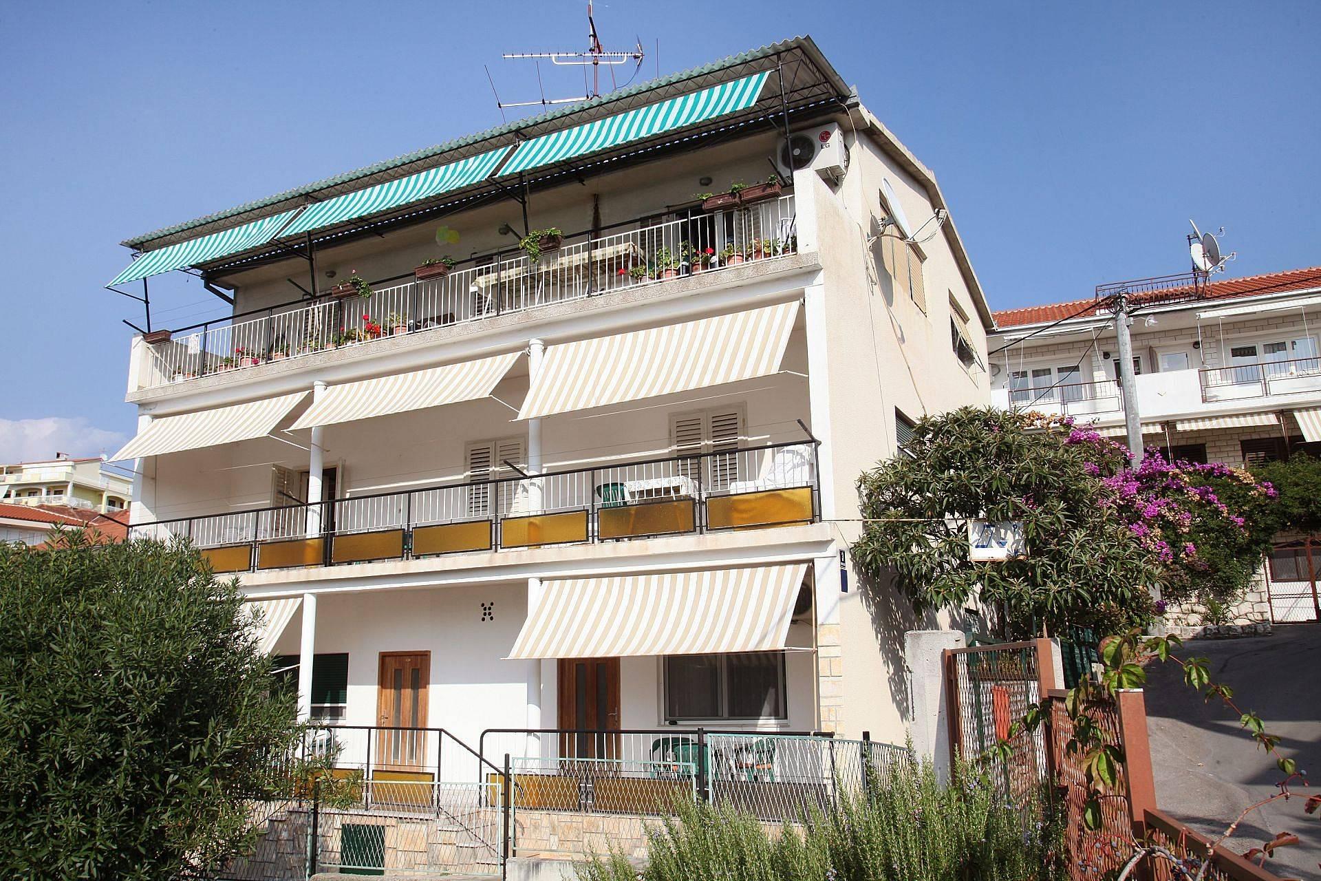 Appartamento per 8 persone spalatino dalmata tra for Appartamento amsterdam 8 persone