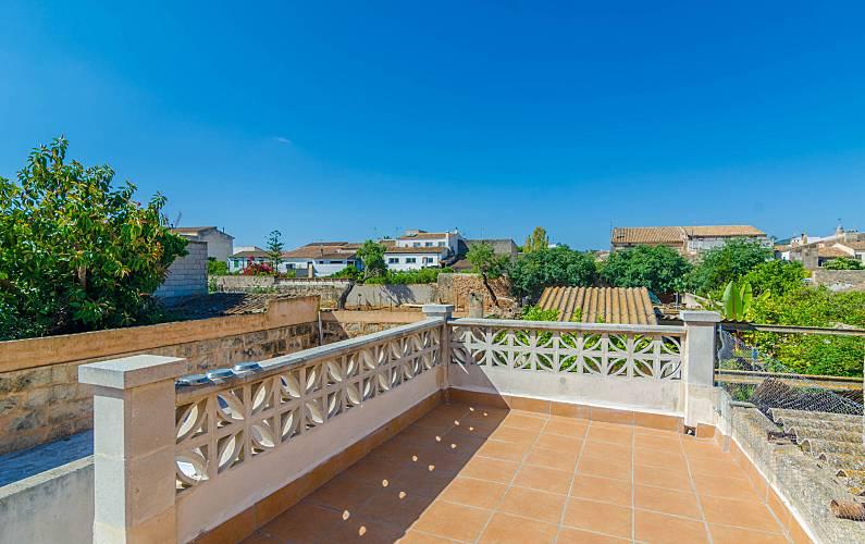 Appartamento in affitto a porreres porreres maiorca for Piani di casa di campagna francese con veranda