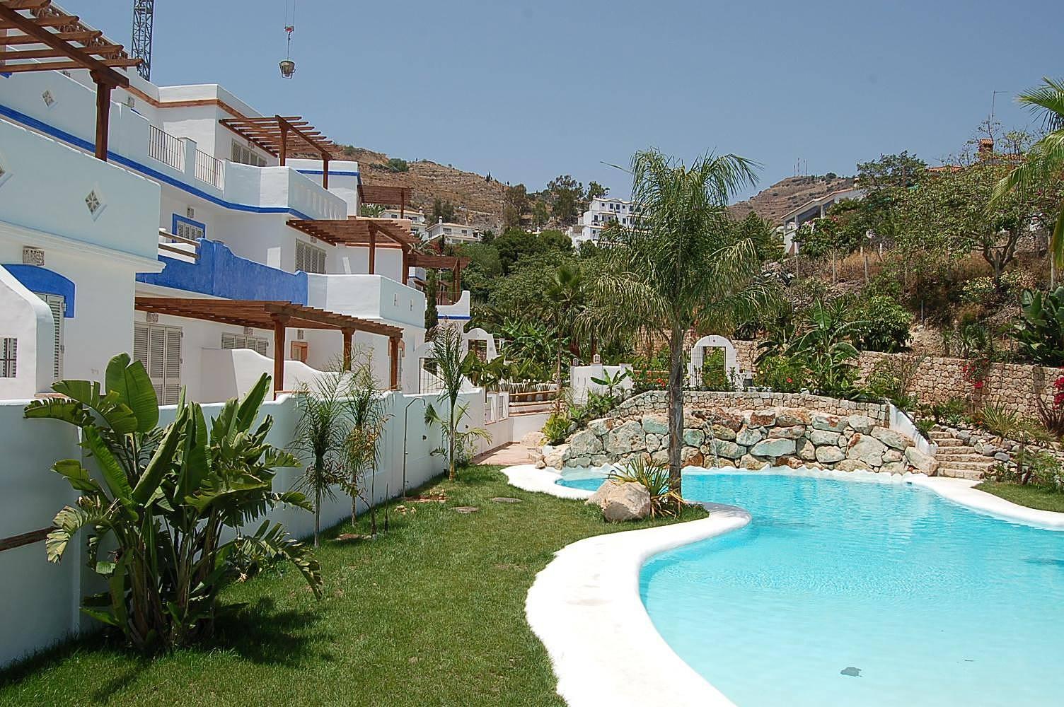 Apartamento en alquiler a 300 m de la playa almu car granada costa tropical - Apartamentos en granada playa ...