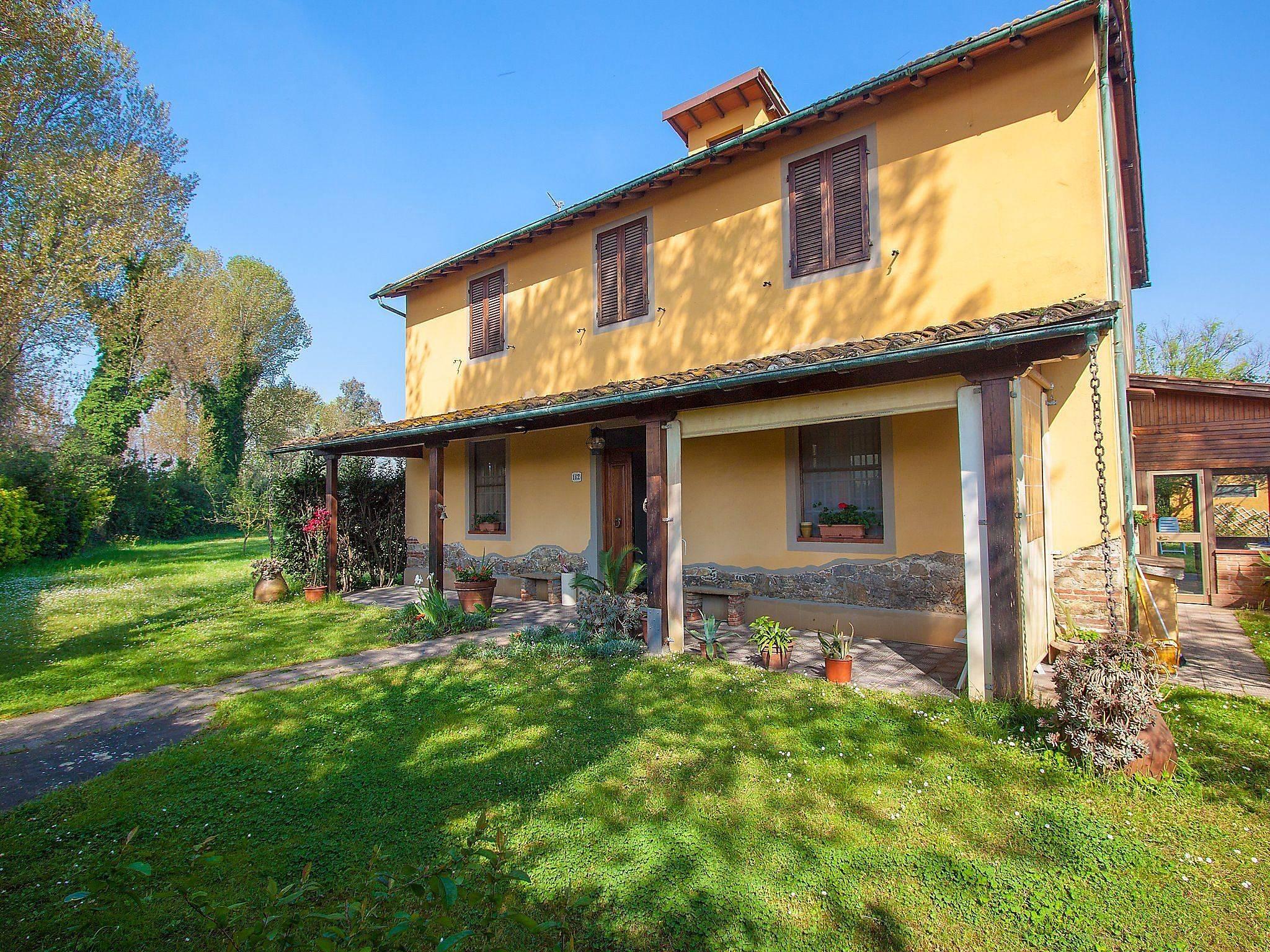 Wohnung zur miete in viareggio montramito massarosa lucca for Suche wohnung zur miete