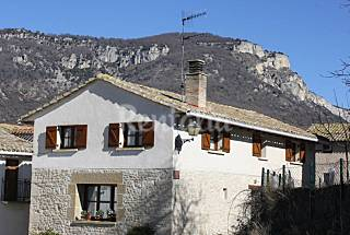 House with 5 bedrooms in mountain environment Navarra