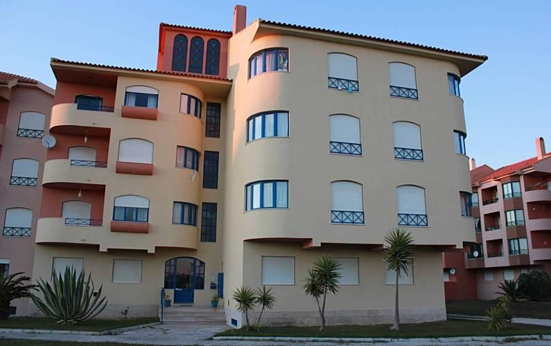 Apartamento com 2 quartos a 100 m da praia Leiria - Exterior da casa
