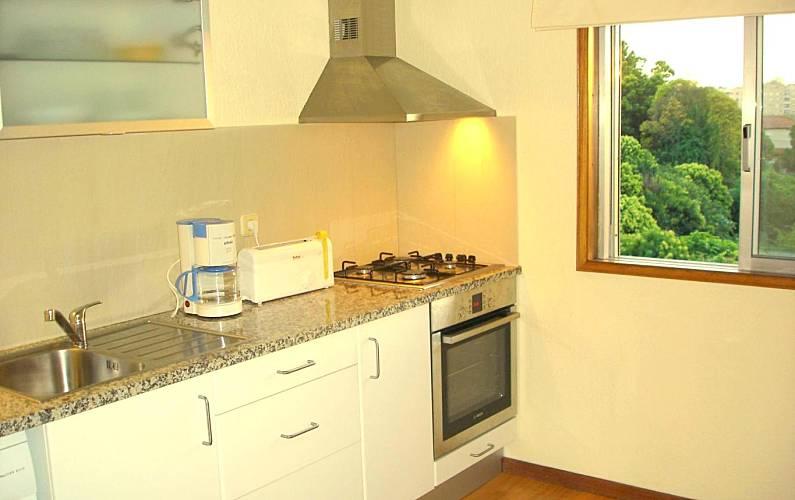 NiceView Kitchen Porto Vila Nova de Gaia Apartment - Kitchen
