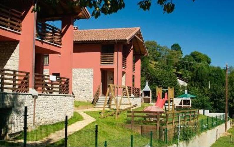 Jacuzzi Exterior Cubierto.4 Apartamentos Rurales En Cangas De Onis Con Spa Cangas De