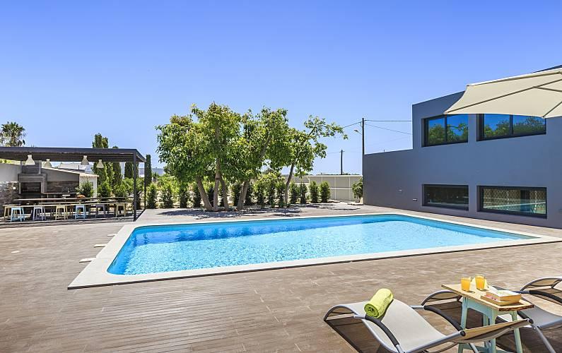 Casa para 20 pessoas em Quelfes Algarve-Faro -