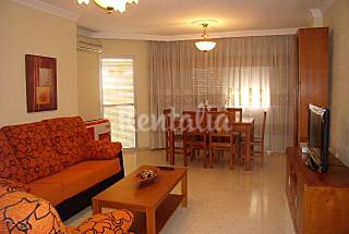 Apartment with 4 bedrooms only 800 meters from the beach Málaga