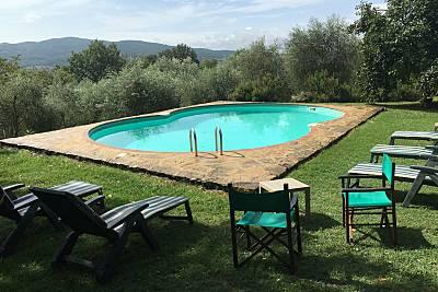 Espaciosa villa con acceso piscina Siena