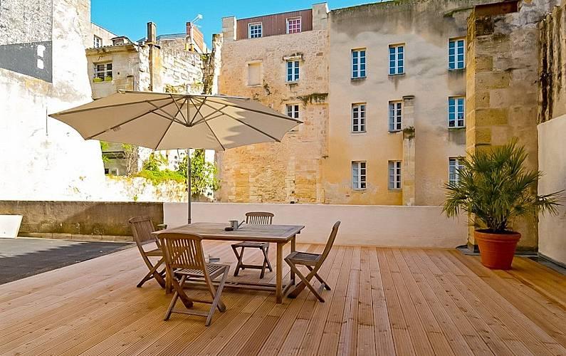 Appartement en location bordeaux bordeaux gironde for Location appartement bordeaux 50m2