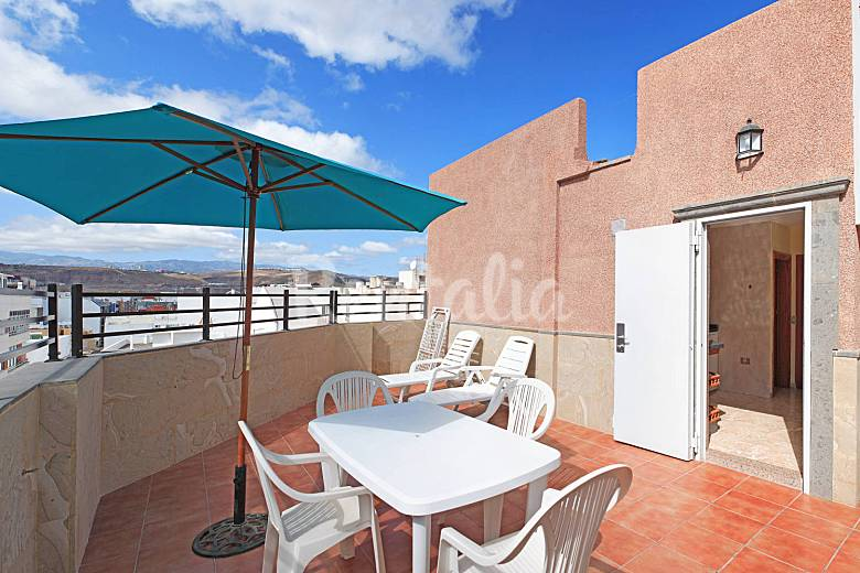 19 apartamentos a 100 m playa de las canteras palmas de gran canaria las las palmas de gran - Apartamentos baratos en las canteras ...