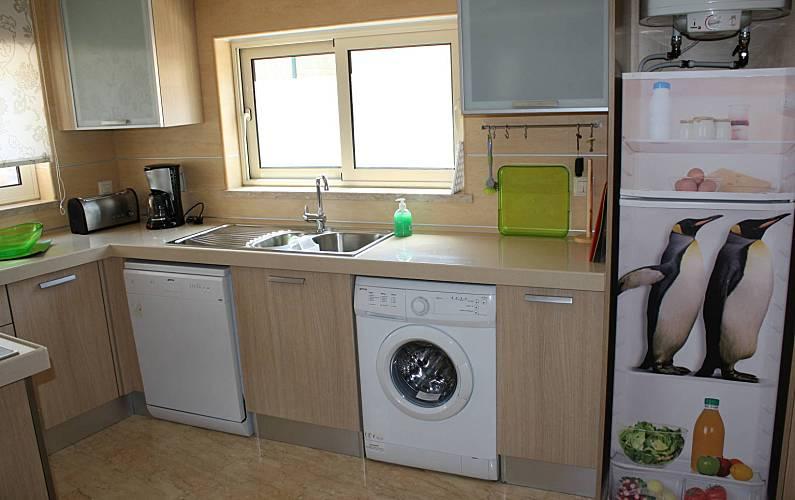 Acolhedor Cozinha Algarve-Faro Lagos Apartamento - Cozinha