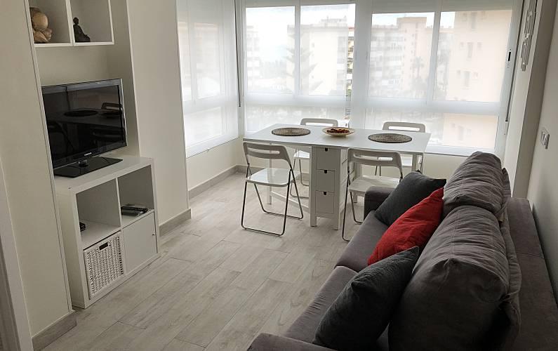 appartement met 1 slaapkamer op 100 meter van het strand mlaga woonkamer