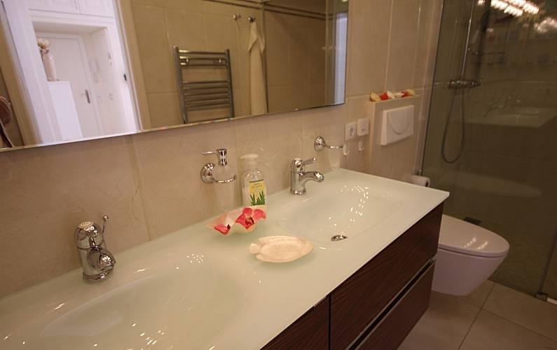 luxury Bathroom Gran Canaria San Bartolomé de Tirajana House - Bathroom
