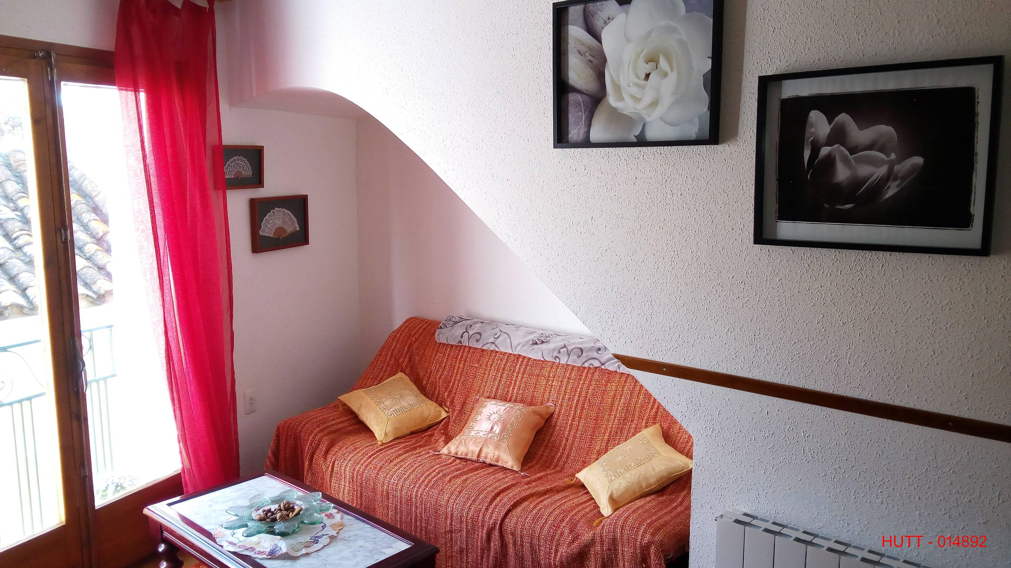 Apartamentos montblanc tarragona alquiler apartamentos y pisos tur sticos - Pisos alquiler montblanc ...
