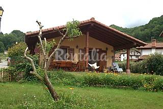House for 2-6 people with private garden  Navarra
