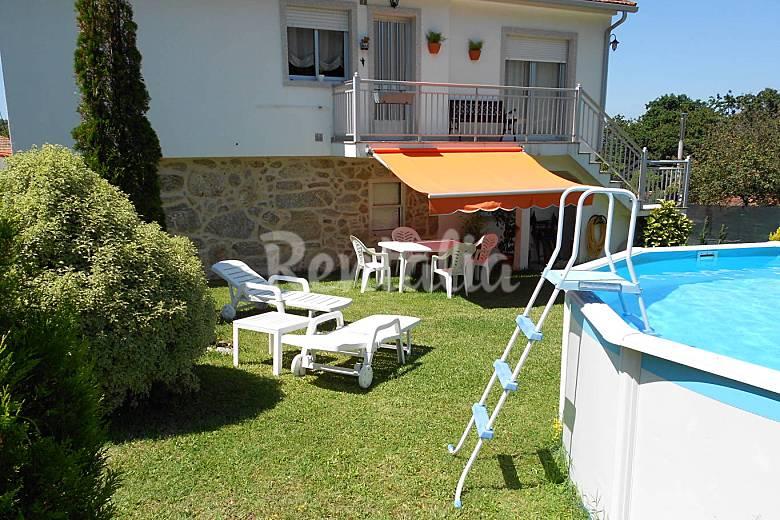 Casa con piscina y 1200m de parcela saians vigo pontevedra camino de santiago de los - Apartamentos con piscina en galicia ...