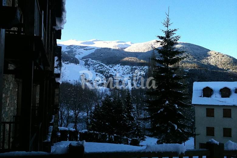 Apartment Views from the house Huesca Benasque Apartment
