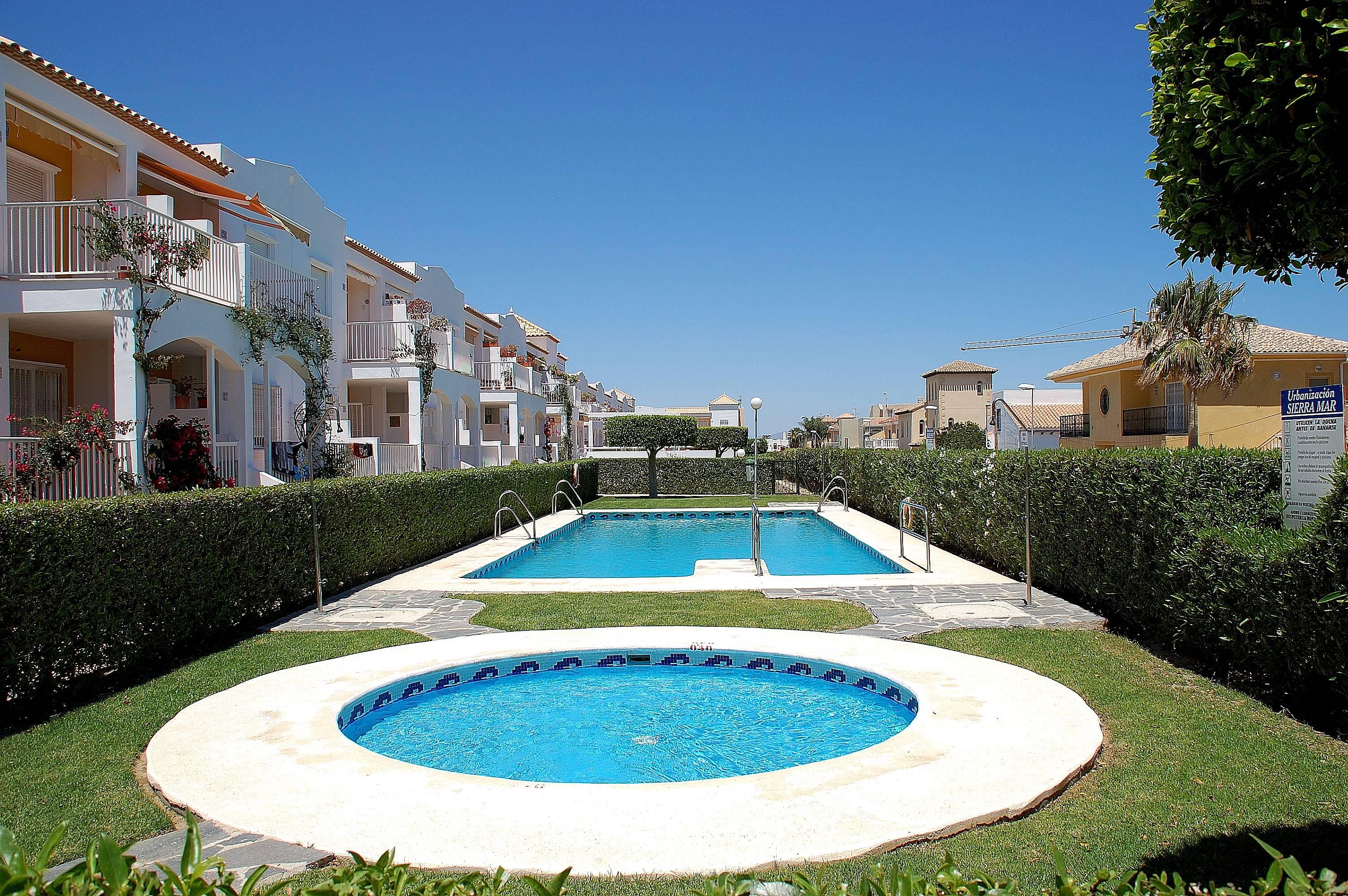 Apartamentos las marinas vera alquiler apartamentos y pisos tur sticos - Alquiler apartamentos turisticos ...