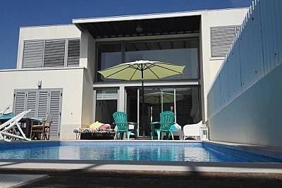 Villa na Aldeia do Meco 6/7 pessoas 3 kms da Praia Setúbal