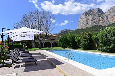 Espectacular villa con Jacuzzi a 9 km de la playa Alicante
