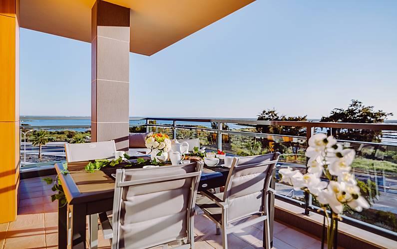 Apt Terraço Algarve-Faro Olhão Apartamento - Terraço