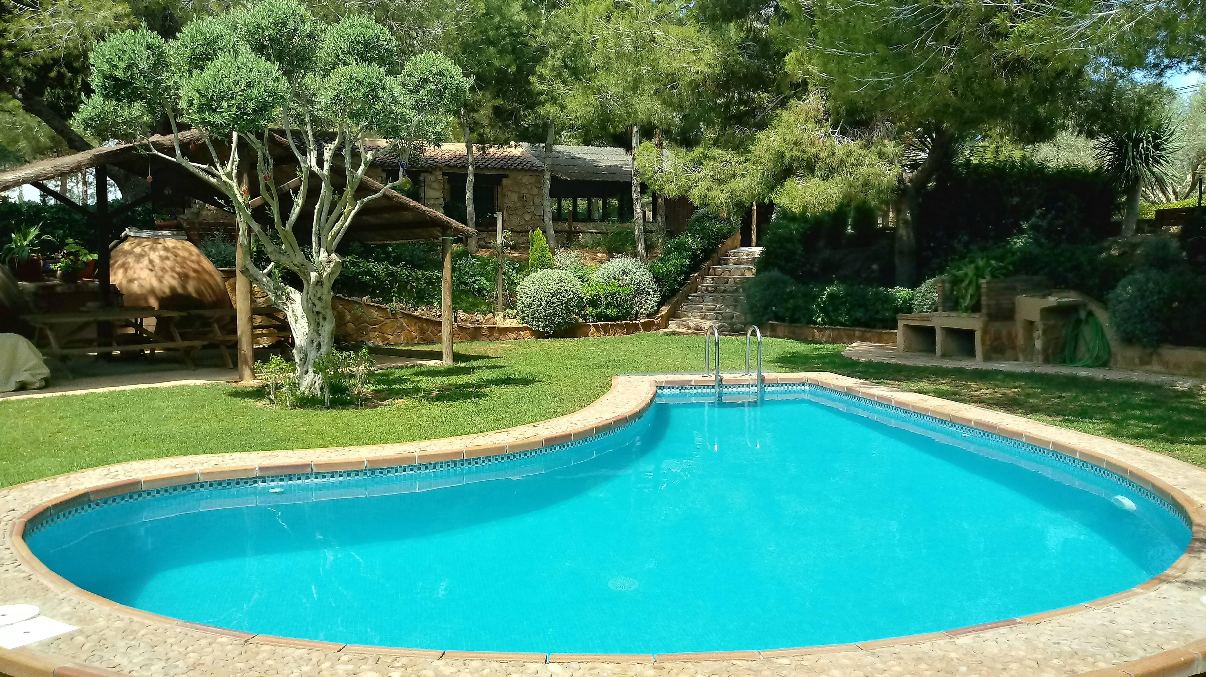 Casa de f rias piscina propriedade de 5000 m2 pilar de for Piscina alicante