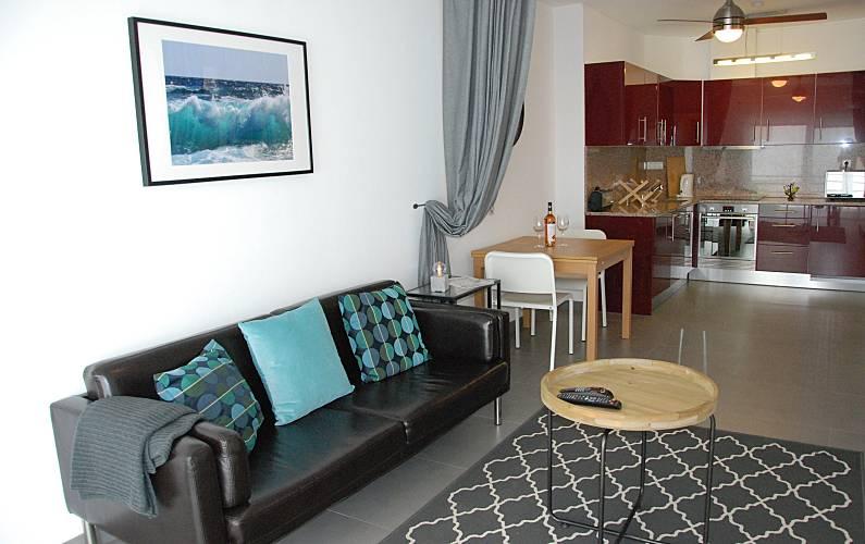 Excellent Quality Apartment at Lagos main Avenue Algarve-Faro - Living-room