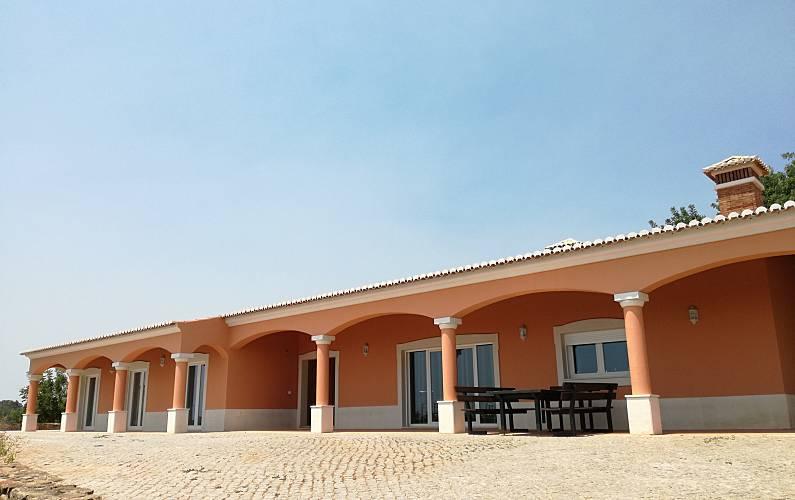 Immaculate Outdoors Algarve-Faro Lagos House - Outdoors