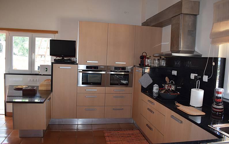 Immaculate Kitchen Algarve-Faro Lagos House - Kitchen