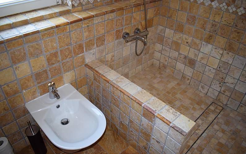 Immaculate Bathroom Algarve-Faro Lagos House - Bathroom