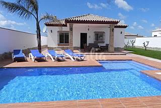Casa con piscina privada y piscina-bar Cádiz