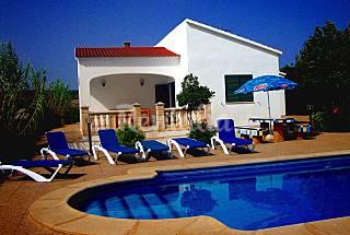Villa Luz para alquilar con piscina privada  Menorca