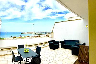 Appartamento fronte spiaggia con vista panoramica Lecce