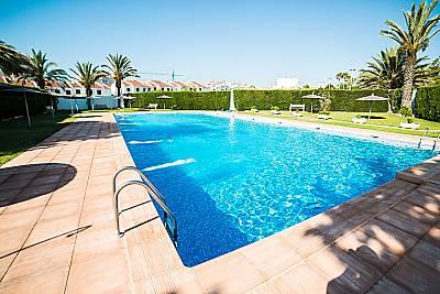 bungalow, a/acondicionado, mar, piscinas, wifi Alicante