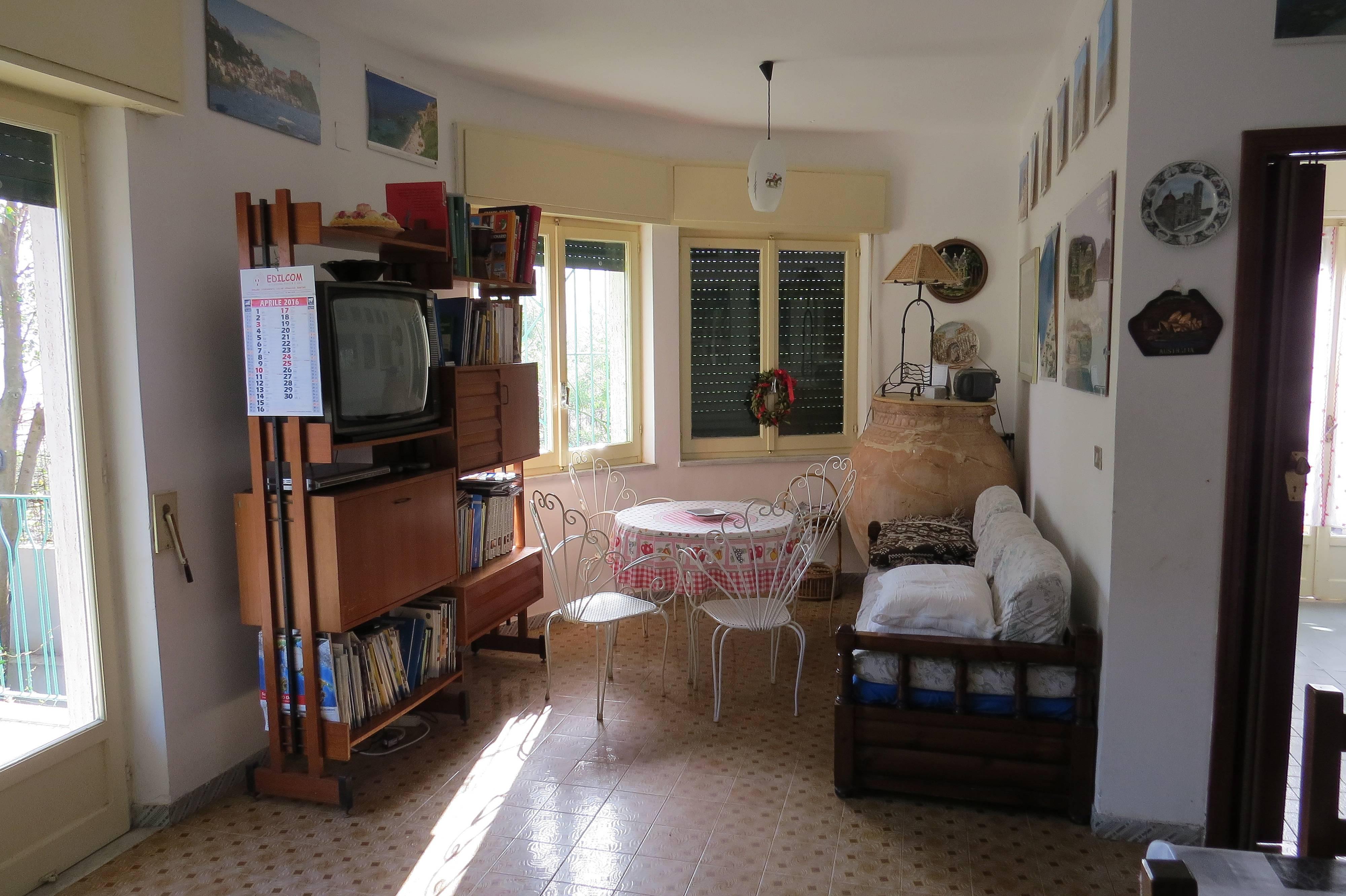 Affitti case vacanze villa san giovanni appartamenti for Affitti arredati reggio calabria