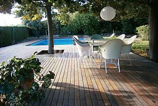 Villa con piscina privada. 1-8 personas. 8km playa Tarragona