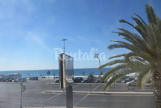 Apartment for rent only 40 meters from the beach Lisbon