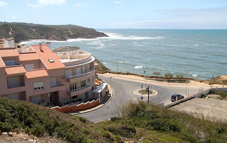 2 bedrooms apartment with great sea views Leiria - Environment
